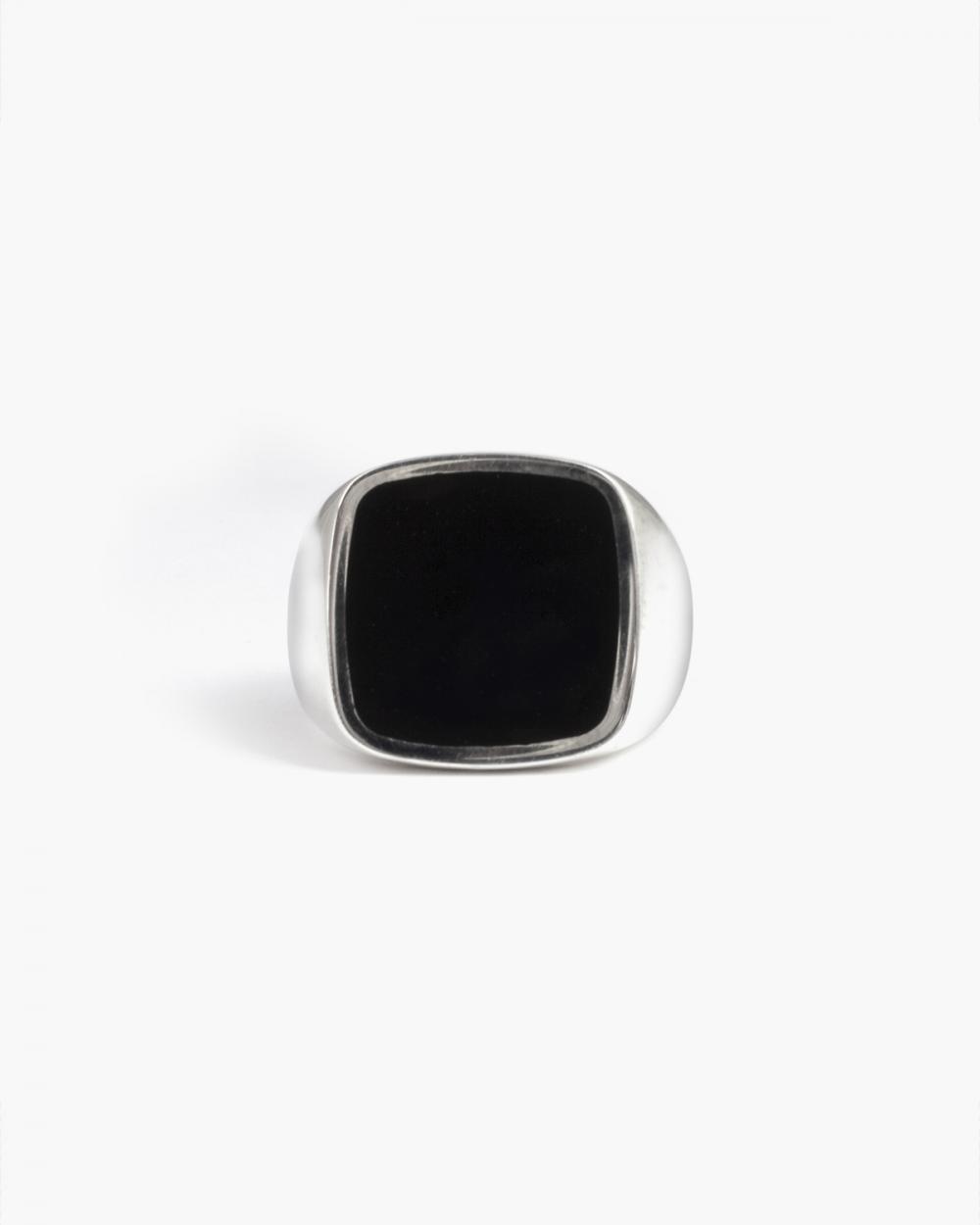Rings BLACK ENAMEL SQUARE SIGNET RING NOVE25