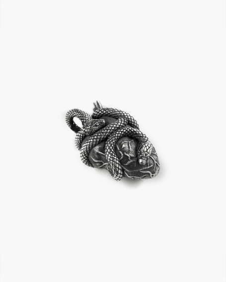 HEART AND SNAKES PENDANT