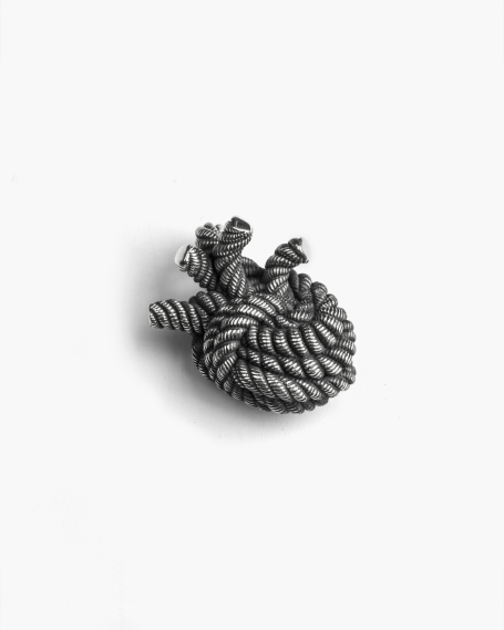 KNOT YOUR HEART PENDANT
