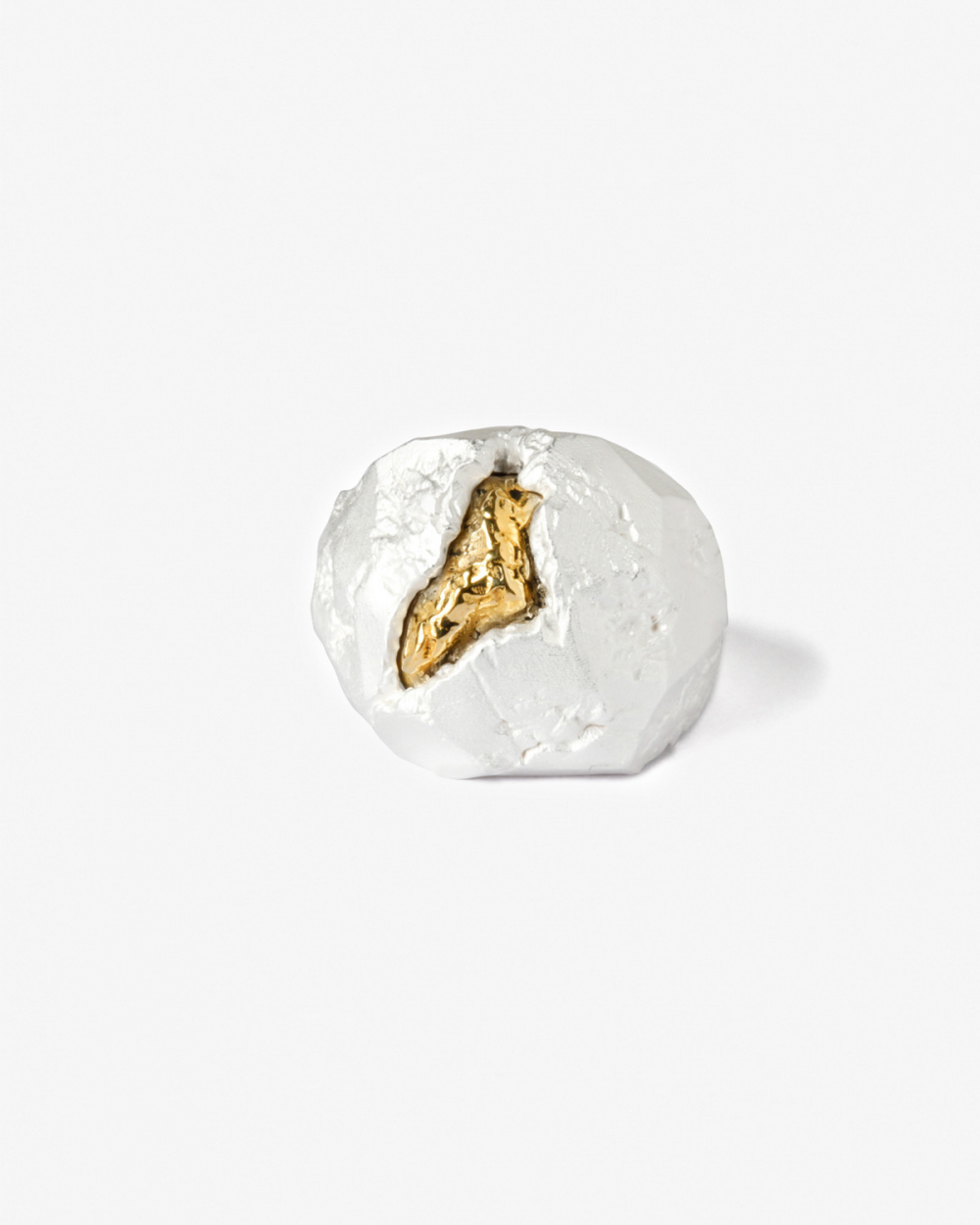 Rings MATERIC BRONZE NUGGET WHITE SIGNET RING NOVE25