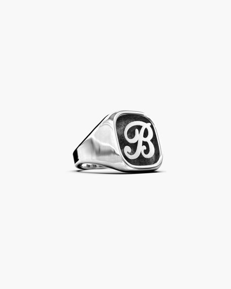 LETTER BASIC SIGNET RING