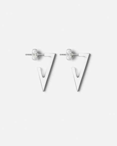 SILVER TRIANGULAR PLATE SMALL EARRINGS