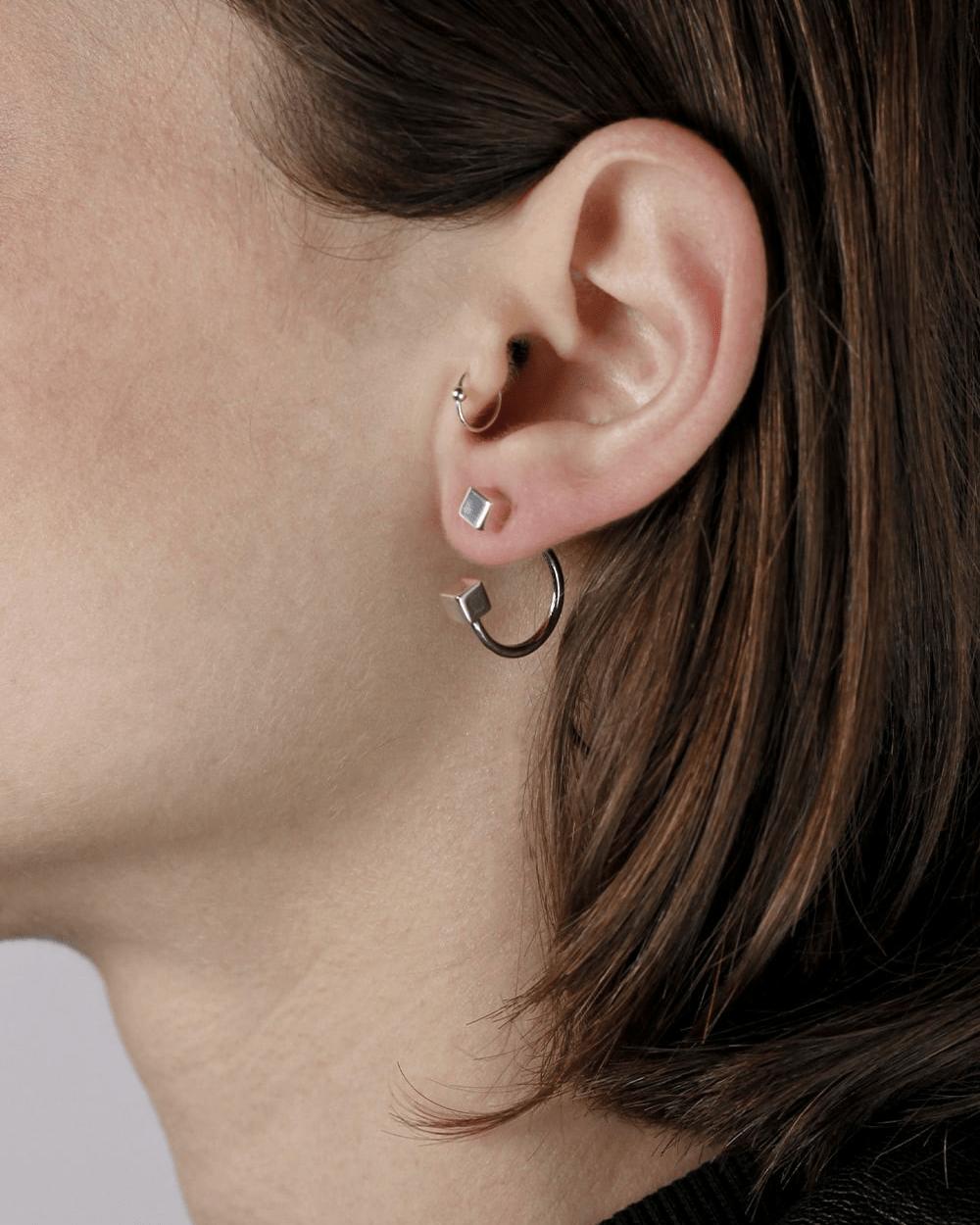 Earrings ARCS & CUBES PIERCING PAIR EARRINGS NOVE25