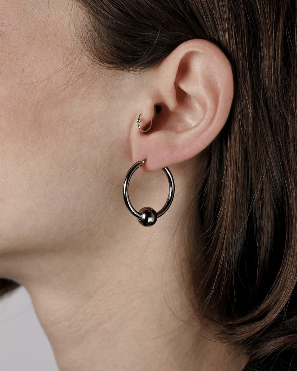Earrings RUTHENIUM SPHERES PIERCING PAIR EARRINGS NOVE25