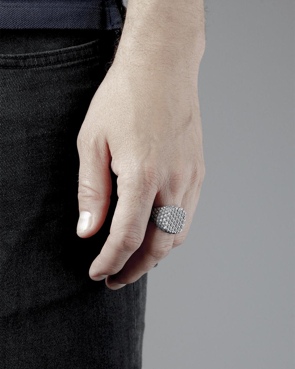 Archive Sale 3D TEXTURE SIGNET RING NOVE25