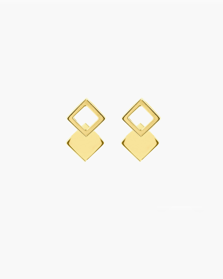 YELLOW GOLD FRAMED SQUARE SINGLE LOBE EARRING