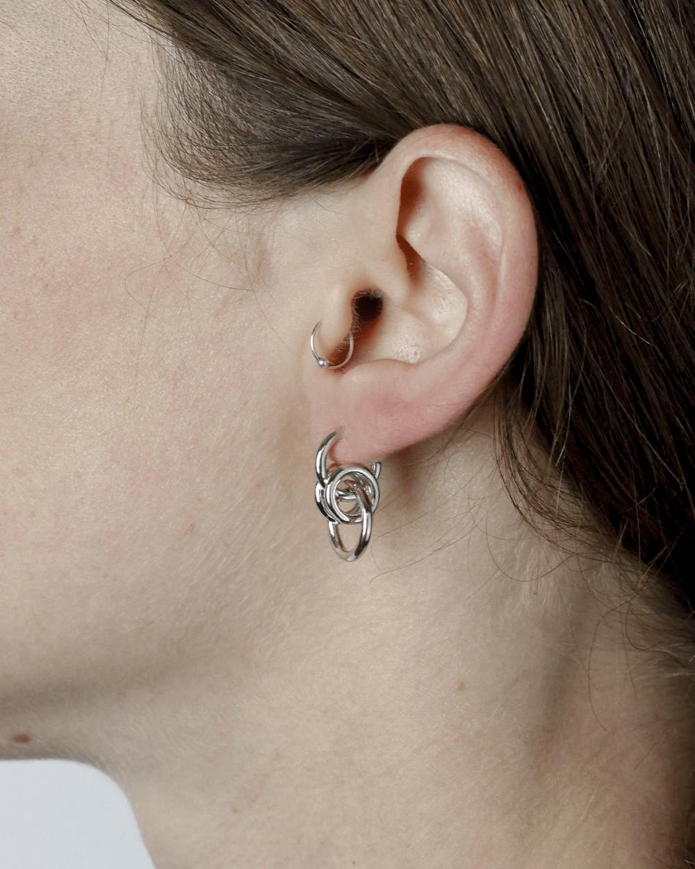Earrings SILVER UPSILON SINGLE EARRING NOVE25