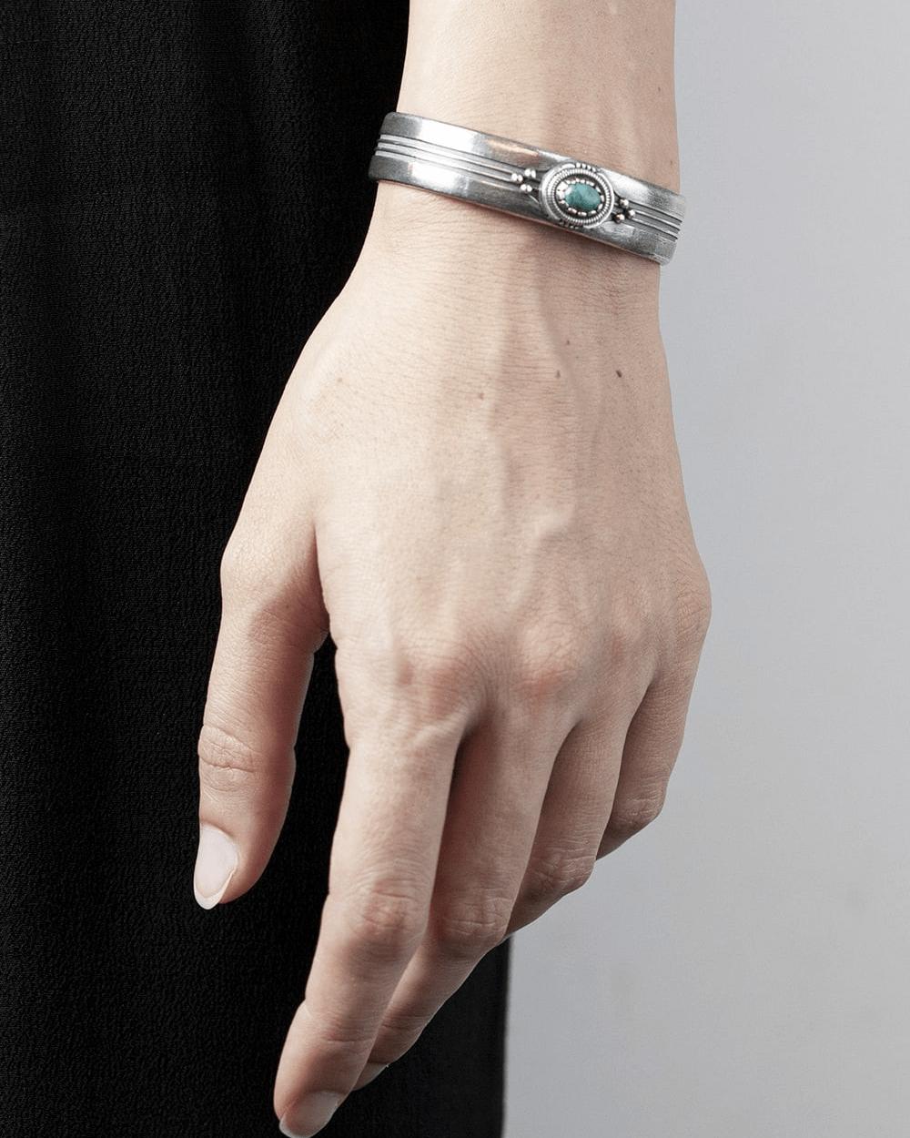 Bracelets NATIVE STRIPED TURQUOISE BANGLE NOVE25