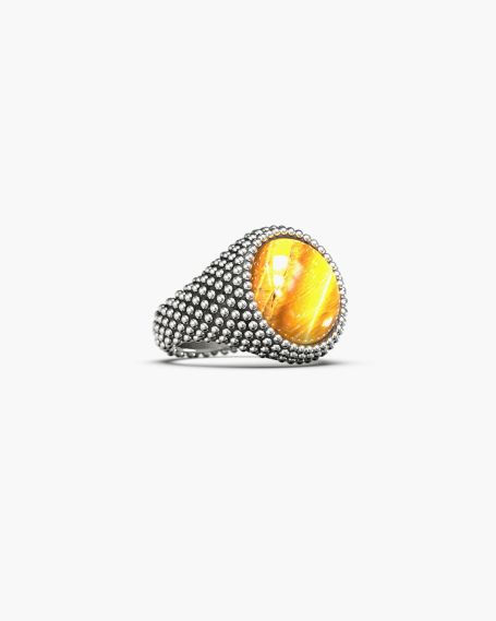 DOTTED ROUND SIGNET RING WITH STONE