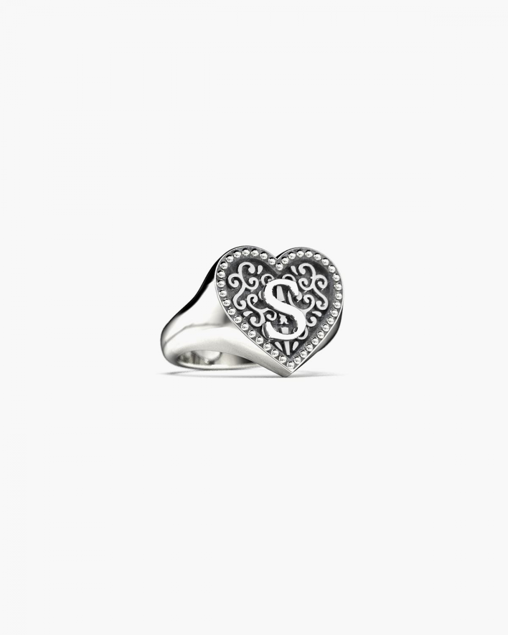 LETTER HEART SIGNET RING