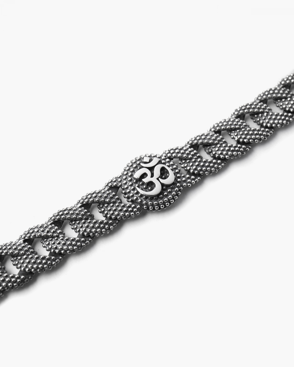 OHM SMALL DOTTED CURB BRACELET