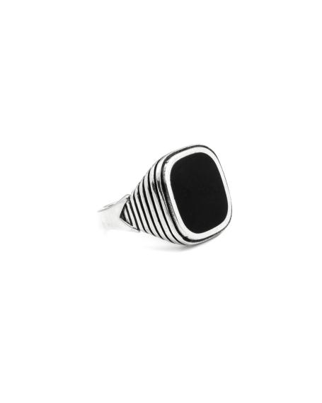 BLACK ENAMELLED SQUARE STRIPED SIGNET RING