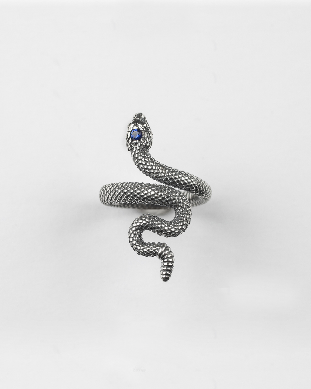 Rings SNAKE RING WITH BLU SPINEL NOVE25