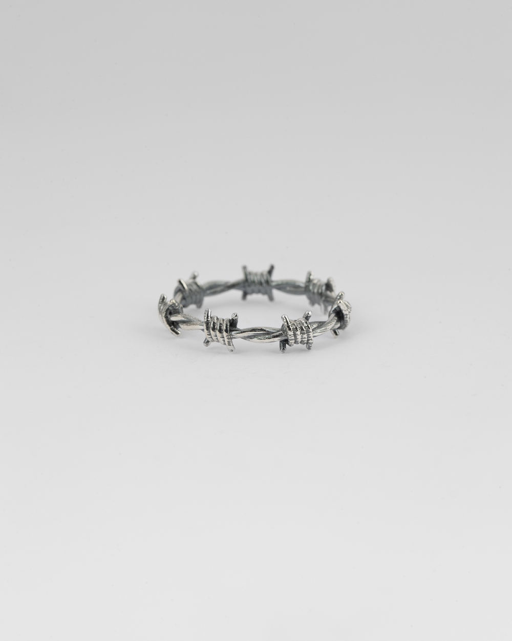 barbed wire fine ring