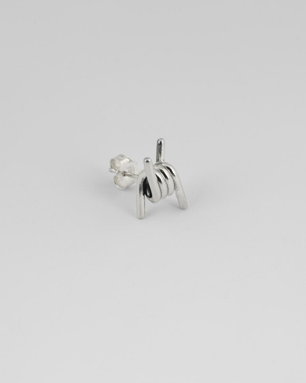 barbed wire lobe single earring