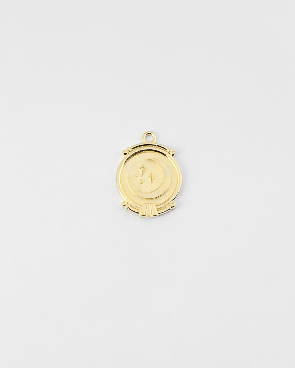 yellow gold the moon pendant