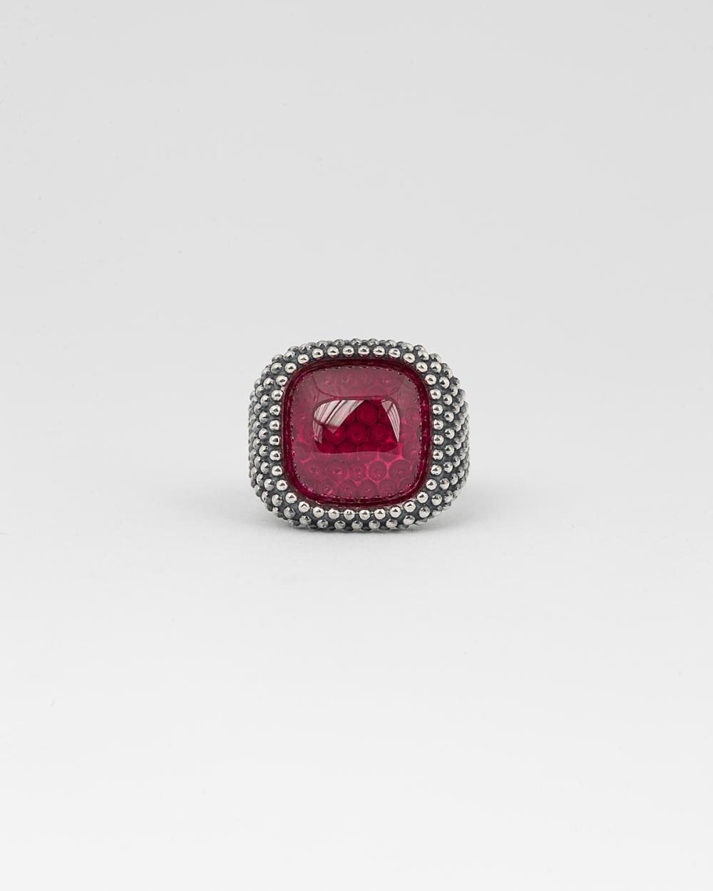 dotted square corundum signet ring